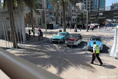 Emirates Classic Car Festival Downtown Dubai PDM 25-03-2016 14-41-04