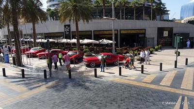 Emirates Classic Car Festival Downtown Dubai PDM 25-03-2016 14-35-59