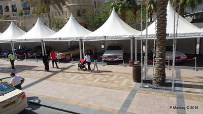 Emirates Classic Car Festival Downtown Dubai PDM 25-03-2016 14-36-10