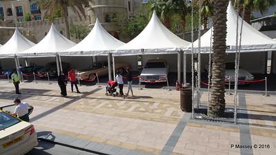 Emirates Classic Car Festival Downtown Dubai PDM 25-03-2016 14-36-10