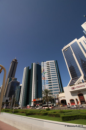 Crowne Plaza Finance House Sheikh Zayed Rd Skyscrapers Dubai PDM 24-03-2016 10-20-48
