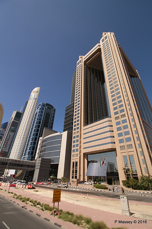 Fairmont Hotel Sheikh Zayed Rd Skyscrapers Dubai PDM 24-03-2016 10-19-58