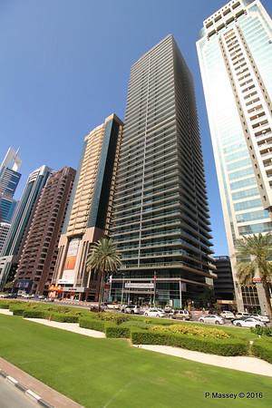 4 Points Sheraton Sheikh Zayed Rd Skyscrapers Dubai PDM 24-03-2016 10-21-36