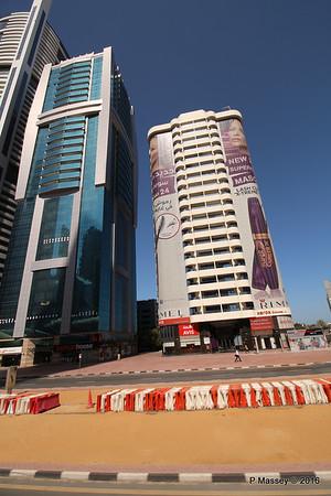 Sheikh Zayed Rd Skyscrapers Dubai PDM 24-03-2016 10-21-53