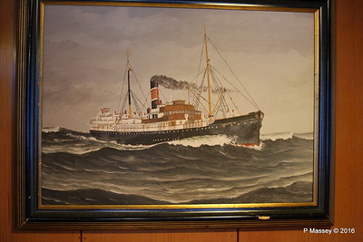 ds HAAKON VII Fwd Stairwell Boat Deck LOFOTEN PDM 27-07-2016 23-10-53