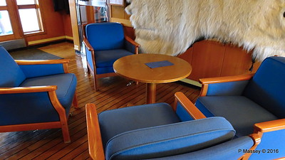 Hallway Lobby Saloon Deck LOFOTEN PDM 27-07-2016 20-34-17