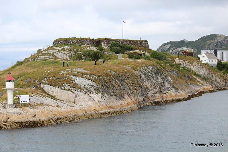 Nyholmen Skandse Fort & Lighthouse Bodø PDM 27-07-2016 15-17-50
