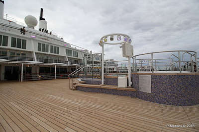 Terrace Pool Deck 8 Aft QM2 15-07-2016 17-56-00