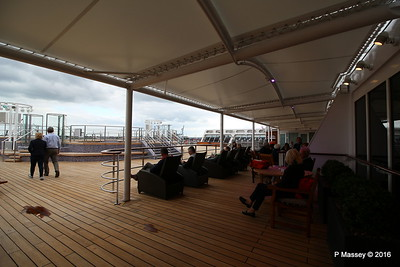 Terrace Pool Deck 8 Aft QM2 15-07-2016 17-53-36