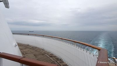 Dog Walk Deck 12 Aft QUEEN MARY 2 PDM 16-07-2016 15-31-03