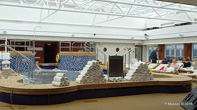 The Pavilion Pool & Bar Deck 12 Midship QUEEN MARY 2 16-07-2016 15-27-55c