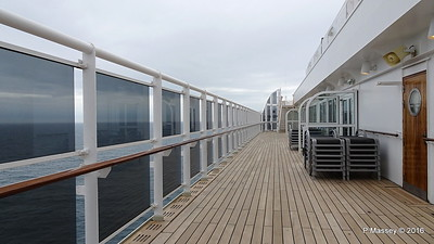 Deck 12 Port Nr Pavilion Pool Entrance QUEEN MARY 2 PDM 16-07-2016 15-34-03