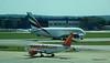 Emirates A380 A6-EEB easyJet A319 G-EZBJ LGW PDM 02-07-2017 16-02-42
