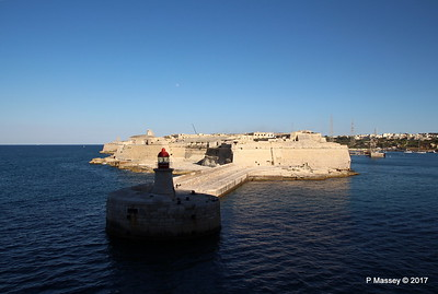 Fort Ricasoli & Light East Entrance Grand Harbour Valletta PDM 05-07-2017 17-06-21