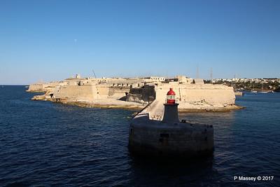 Fort Ricasoli & Light East Entrance Grand Harbour Valletta PDM 05-07-2017 17-06-27