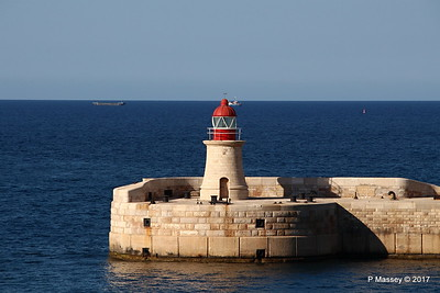 Fort Ricasoli & Light East Entrance Grand Harbour Valletta PDM 05-07-2017 17-05-27