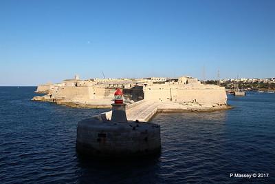 Fort Ricasoli & Light East Entrance Grand Harbour Valletta PDM 05-07-2017 17-06-23