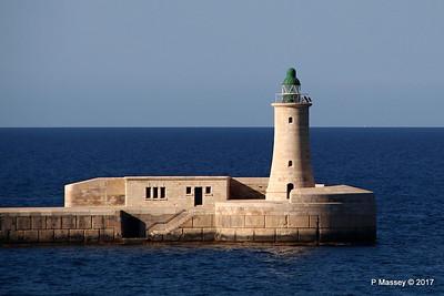 St Elmo Light West Entrance Grand Harbour Valletta PDM 05-07-2017 17-05-38