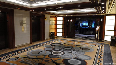 Deck 10 Fwd Lift Lobby to Yacht Club QUEEN VICTORIA PDM 06-01-2018 09-25-07