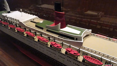 QUEEN ELIZABETH 2 Model not II donated Princess Cruises Commodore Club QUEEN VICTORIA PDM 06-01-2018 16-06-52