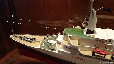 QUEEN ELIZABETH 2 Model not II donated Princess Cruises Commodore Club QUEEN VICTORIA PDM 06-01-2018 16-06-29