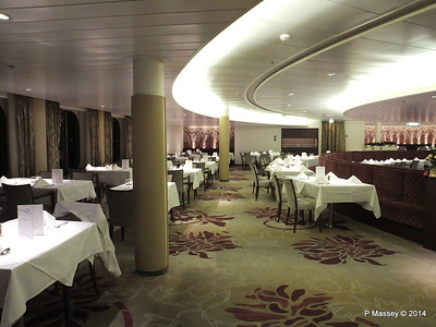 Artania Restaurant Deck 3 Aft PDM 14-12-2014 21-21-049