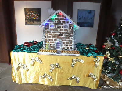 Gingerbread House Hallway Future Cruise Sales to Artania Restaurant PDM 15-12-2014 09-52-51