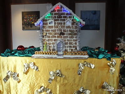 Gingerbread House Hallway Future Cruise Sales to Artania Restaurant PDM 15-12-2014 09-53-14