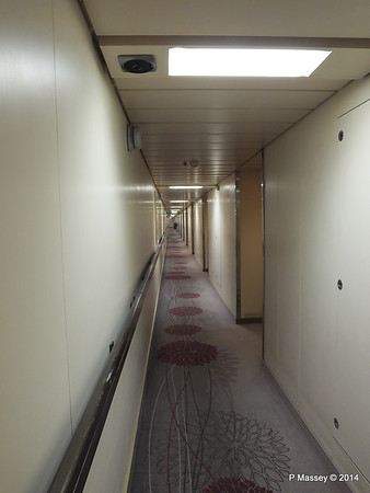 Orion Deck 5 Hallway Port Looking aft ARTANIA PDM 15-12-2014 08-53-38