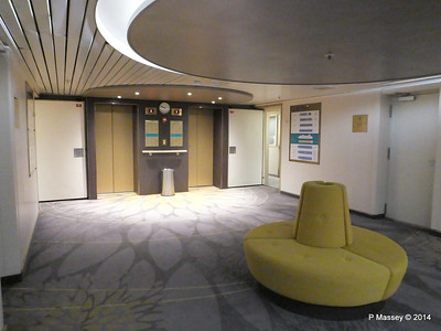 Orion Deck 5 Midship Lift Lobby ARTANIA PDM 15-12-2014 08-54-19