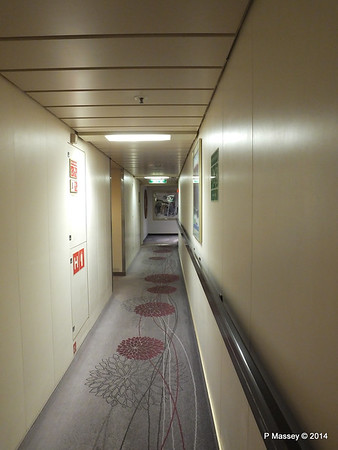 Orion Deck 5 Hallway Port Looking fwd ARTANIA PDM 15-12-2014 08-53-43
