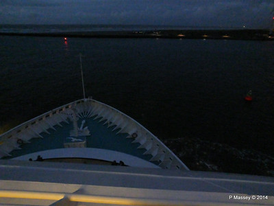 Bow from Sonnen Deck 9 night ARTANIA PDM 15-12-2014 16-16-58