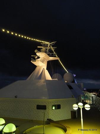 Mast from Observation Platform Fwd night Ijumuiden ARTANIA PDM 15-12-2014 16-12-46