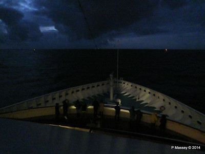 Bow from Sonnen Deck 9 night ARTANIA PDM 15-12-2014 16-30-05