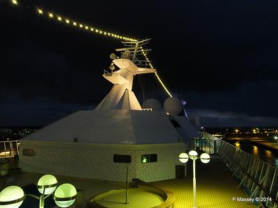 Mast from Observation Platform Fwd night Ijumuiden ARTANIA PDM 15-12-2014 16-12-42