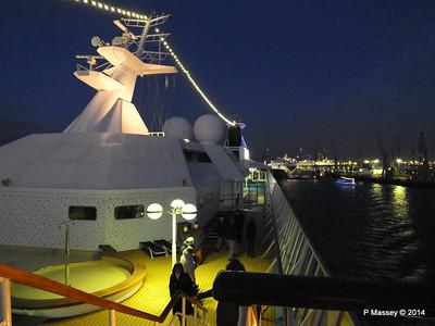 Mast ARTANIA Night Hamburg PDM 13-12-2014 15-48-37