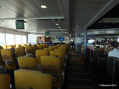 NORMANDIE EXPRESS Aft Bar & Seating Areas PDM 14-07-2014 17-11-018
