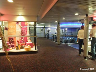 BRETAGNE Deck 8 Main Shop to Atrium PDM 10-08-2014 22-38-01