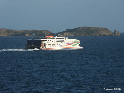 CONDOR RAPIDE Departing St Malo PDM 11-08-2014 07-02-015