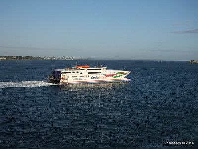 CONDOR RAPIDE Departing St Malo PDM 11-08-2014 06-59-57