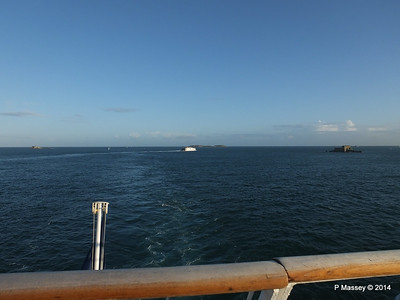 CONDOR RAPIDE Departing St Malo PDM 11-08-2014 07-01-46