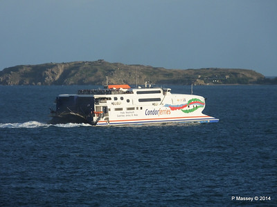 CONDOR RAPIDE Departing St Malo PDM 11-08-2014 07-01-59