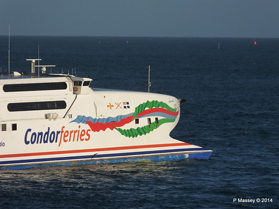 CONDOR RAPIDE Departing St Malo PDM 11-08-2014 07-00-033