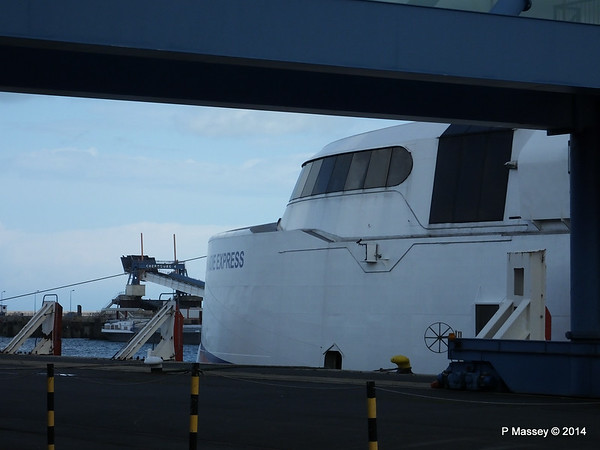 NORMANDIE EXPRESS Cherbourg PDM 11-08-2014 14-22-44