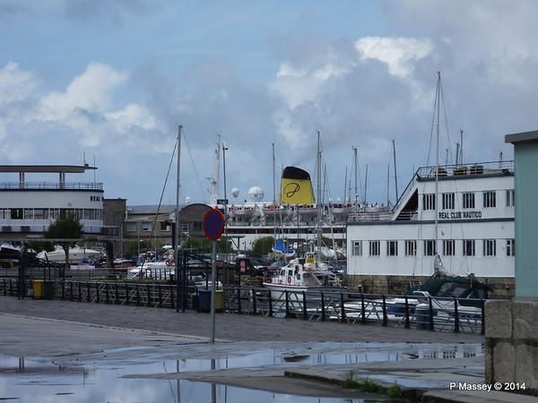 mv FUNCHAL Visible over Real Club Nautica Marina Vigo PDM 24-04-2014 13-19-53
