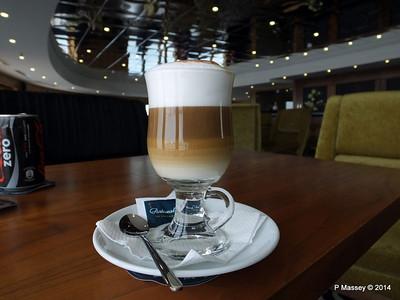 mv FUNCHAL Cappuccino Gama Lounge PDM 30-04-2014 15-19-48