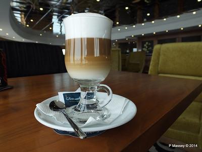 mv FUNCHAL Cappuccino Gama Lounge PDM 30-04-2014 15-19-44
