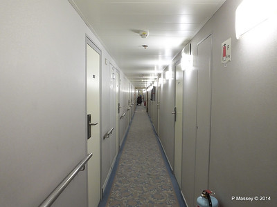 mv FUNCHAL Madeira Deck Stb Looking Fwd Hallway PDM 29-04-2014 18-20-20