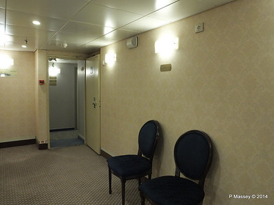 mv FUNCHAL Madeira Deck Stairwell Area PDM 29-04-2014 18-19-11