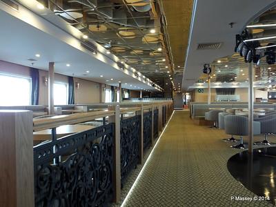 mv FUNCHAL Ilha Verde Lounge PDM 28-04-2014 08-52-11